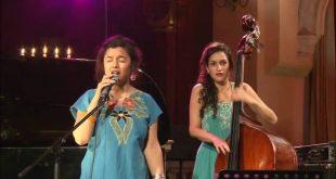 نطع الكيام  مغنية يهودية مغربية تحيي أغاني زهرة الفاسية + فيديو